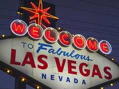 welcome to Las Vegas (by: Roadsidepictures/Allen, creative commons license)