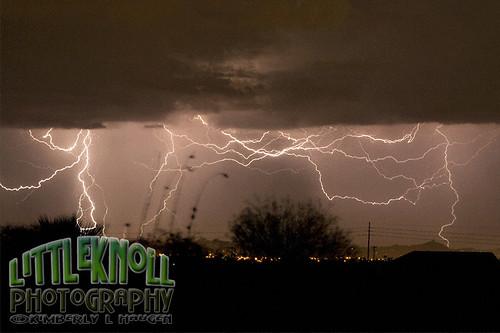KH0909 0170FB Lightning