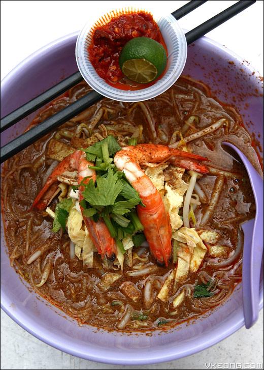 nam-chun-sarawak-laksa