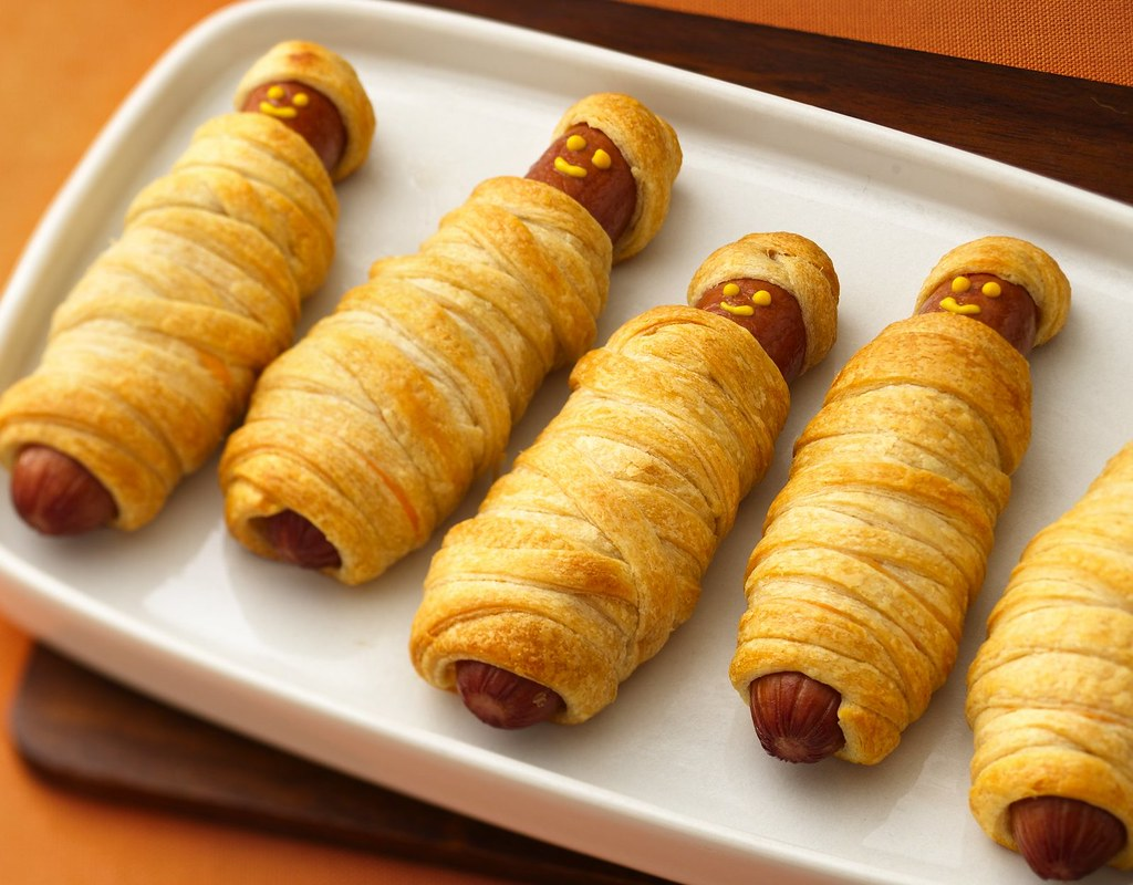 Recipe: Crescent Mummy Dogs