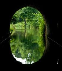 Coming out of Bruce tunnel (lovestruck.) Tags: uk light summer reflection green dark canal framed bruce tunnel coloured 2009 kennetavon bigmomma sigma105mm challengeyouwinner pentaxk10d brucetunnel greencoloured pentaxart