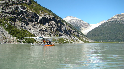 Float plane taxi ride into the Clendenning in BC