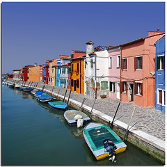 Colored perspectives (Nespyxel) Tags: houses boats canal colours pov perspective case diagonal colori burano canale diagonale colous nespyxel stefanoscarselli leuropepittoresque fleursetpaysages llitedespaysages