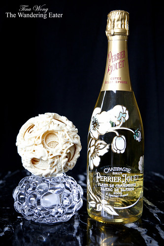Champagne Perrier-Jouët Blanc de Blanc 2000 with an antique ivory ball