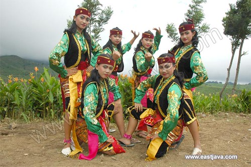 Glipang Dance - Probolinggo Traditional Dance