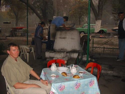 Afternoon tea tijdens regenbui in Tashkent