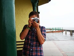 SS851026 (heleng42) Tags: camera sea beach rain wales pier photo