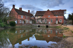 Flatford Mill, Suffolk (**Anik Messier**) Tags: uk england reflection landscape suffolk pond britain watermill constable dedhamvale flatfordmill eastbergholt flatford blueribbonwinner mywinners abigfave gradeilisted mywinnners citrit englishrurallandscape welcomeuk