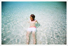 []  (marcma /  /) Tags: film beach japan marc  fujifilm okinawa vivitar  superia200    rainbowv marcism