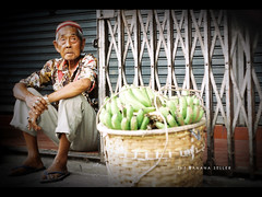 The Banana Seller (khaniv13) Tags: street old man analog indonesia pentax k1000 candid snapshot banana seller bogor lifeishard suryakencana khaniv13 kodakcolorpluss200