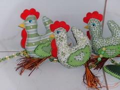 Poleirinho... (F Eccel- Feltro no capricho) Tags: feltro tecido mbile galinhas