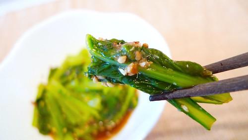 小松菜のわさび和えを食す