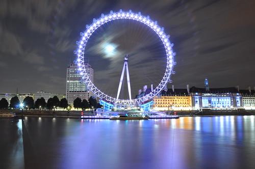 フリー画像| 人工風景| 夜景| 観覧車| 遊具| イギリス風景| ロンドン|     フリー素材|