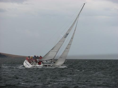 sailing racing yachts hobart belerive