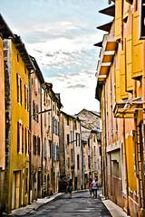 Florac : Main Street day