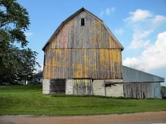 Farm Near Norwood Young America (JBDPICS1) Tags: county minnesota barn rura