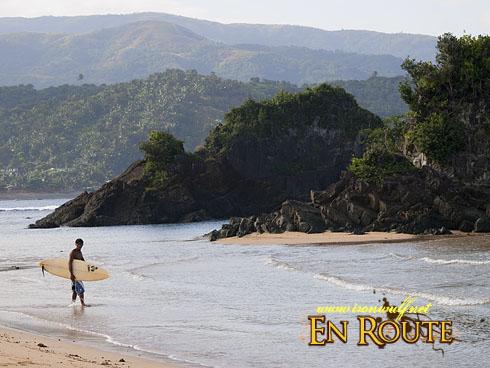 Puraran Beach head to Surf