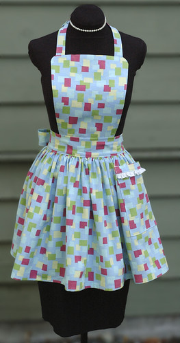 LUCY bibbed retro apron in blue