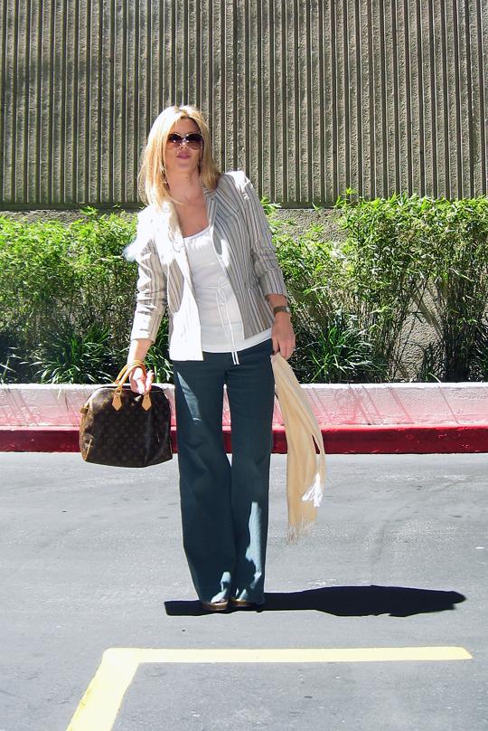 army green wide leg pants+vintage striped sasson blazer+LV bag-9