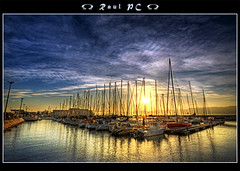 Boats at sunrise by the Tejo :: HDR (raul_pc) Tags: fab portugal sunrise canon eos boat lisboa lisbon sigma raul tejo 1020 hdr 450d colorphotoaward aplusphoto theunforgettablepictures ilustrarportugal finephotoshopdesign tumiqualityphotography