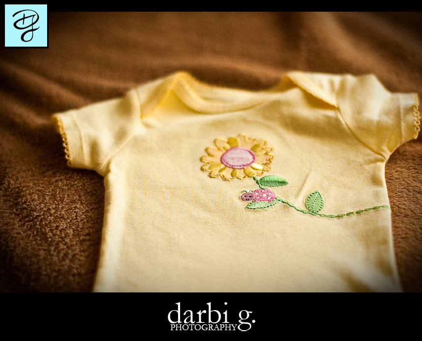 001Baby photographer-Darbi G-baby clothes