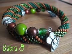 Zöld-barna