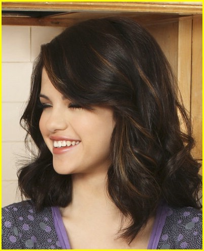 selena-gomez-mom-happiness-04