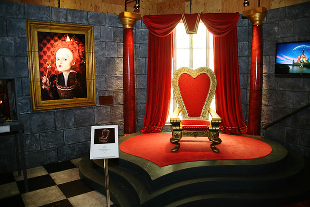 Queen of Hearts Throne