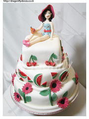 Katy Perry Cake / Bolo Katy Perry (Dragonfly Doces) Tags: music girl cake vintage katy pop singer bolo menina msica perry cantora