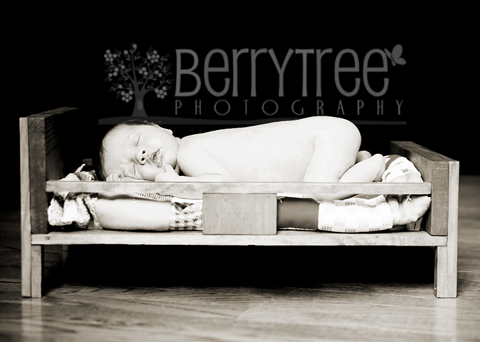 3868108075 36a010d600 o Friday's child is loving and giving   BerryTree Photography : Roswell GA, Newborn Photographer
