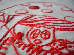 macro (**tWo pInK pOSsuMs**) Tags: red macro embroidery stitchery owls redwork thequiltproject