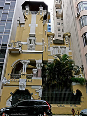 Fascinating /Trapped\ Art Nouveau House ~ (Leonardo Martins) Tags: old brazil house art riodejaneiro casa trapped artnouveau antiga mansion nouveau squeezed manso apertada panasoniclumixfz18 espremida