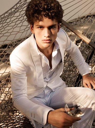 Simon Nessman030(GQ Russia_Major Model Blog)