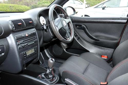 SEAT Leon Cupra R 225 Interior - a photo on Flickriver