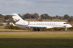 VQ-BIS - 9213 - Private - Bombardier BD-700-1A10 Global Express - Luton - 091104 - Steven Gray - IMG_3508