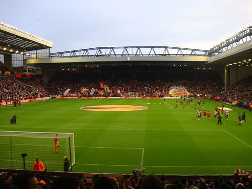 Momentos previos al partido en Anfield