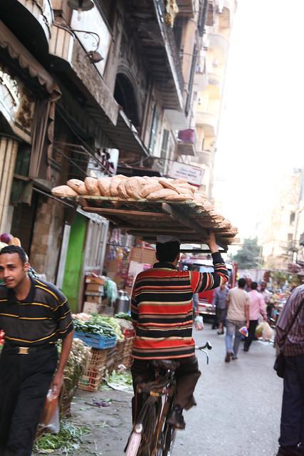 エジプト、カイロの路地スーク