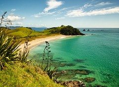 Kaituna Bay (loveexploring) Tags: sea newzealand beach bay coast pacific seakayak northland capebrett mimiwhangatacoastalpark mimiwhangatapeninsula
