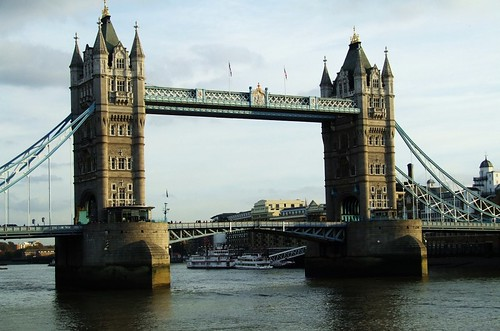 thames-bridge