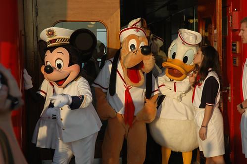 Disney Cruise - Bon Voyage 14