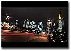 LEUCHTSPUR ( rednaxela_west) Tags: bridge urban night skyscraper nacht frankfurt stadt 1001nights brcke gebude mainhatten nachtaufnahme hochhaus nightsot