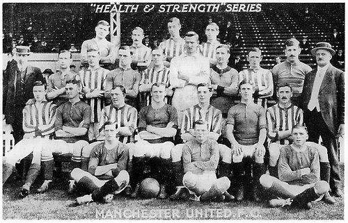 Manchester United 1911-12 team photograph