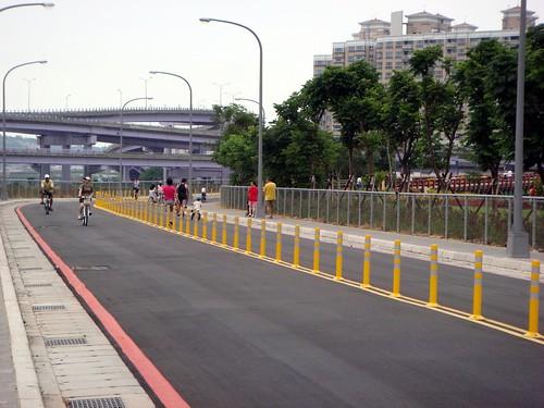 腳踏車道@安坑「陽光運動公園」