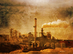 "Un futuro mejor, por favor....   A better future, please.... (tan.solo_milenia .) Tags: industry beautiful work photography trabajo workers factory pollution passion mapa industria obreros contamination fábrica contaminación polución theperfectphotographer flickrestrellas paololivornosfriends lesamisdupetitprince ""altrafotografia"" miasbest flickrvault"