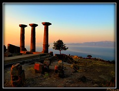 Temple of Athena (Assos) (mxpeyne) Tags: travel art turkey ancient olympus best trkei athena archeology tample mythology zuiko assos turchia turkei behramkale anticando