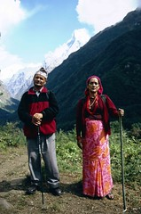 ABC-Trek, Chomrong to MBC, pilgrims (blauepics) Tags: nepal camp mountains nature trekking landscape rocks asia earth faith religion natur berge himalaya circuit landschaft pilger base annapurna felsen glaube machhapuchhre earthasia visipix