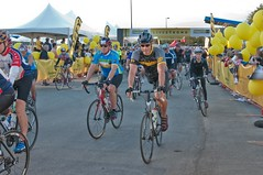 Starting Line (benrobertsabq) Tags: bike bicycle cycling cyclist athlete cancersurvivor amputee brettweitzel livestrongchallengeaustin2009
