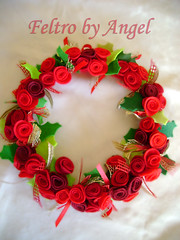 Guirlanda - Ghirlanda - Wreath (Feltro by Angel Original) Tags: garland ghirlanda guirlanda christmas natale natal feltro felt filz fieltro pannolenci feutrine handmade fattoamano feitoamao artesanal artigianale artigianato artesanato handicraft wreath couronnes