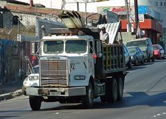 Freightliner Dump Truck (So Cal Metro) Tags: truck bcn dumptruck dump bajacalifornia baja tijuana freightliner