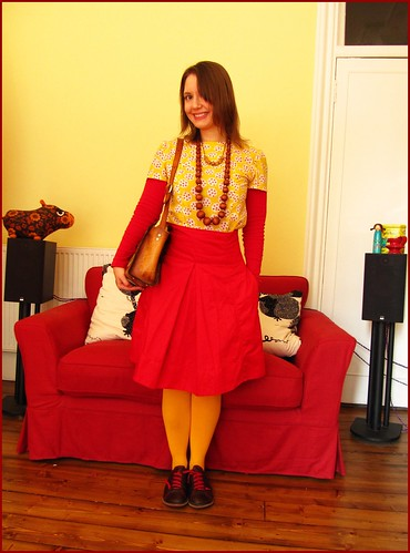 24.4.10: red and yellow, fashion clothes style outfit thrift thrifted blogger blog creative colour color charity shop quirky individual red yellow vintage zara camper